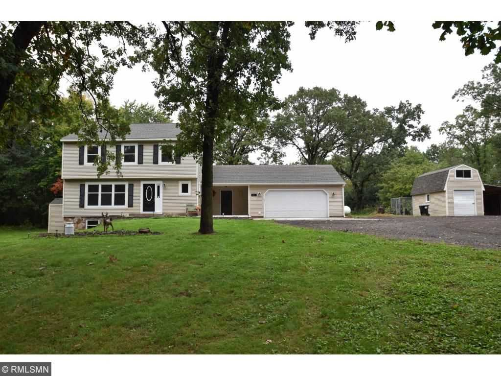 251 268th lane ne isanti 55040 mls 4764340 home for sale for Two story farmhouse oak park