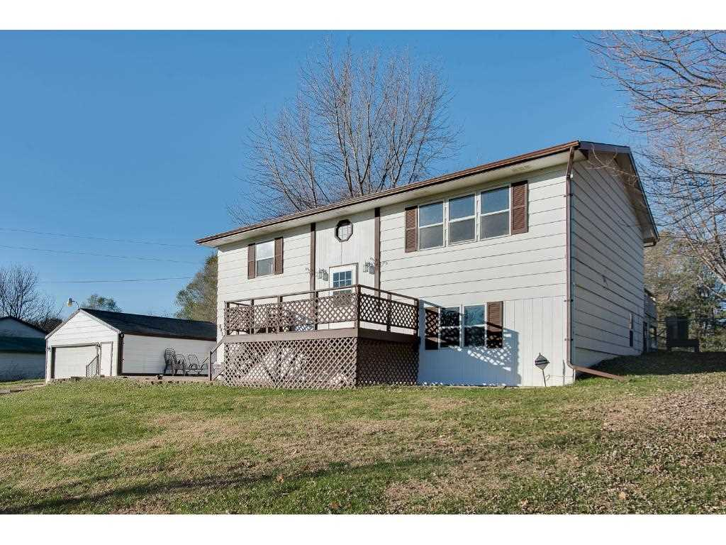 8415 oakwood avenue ne otsego mn 55330 mls 4777702 for Houses with mother in law suites for sale near me