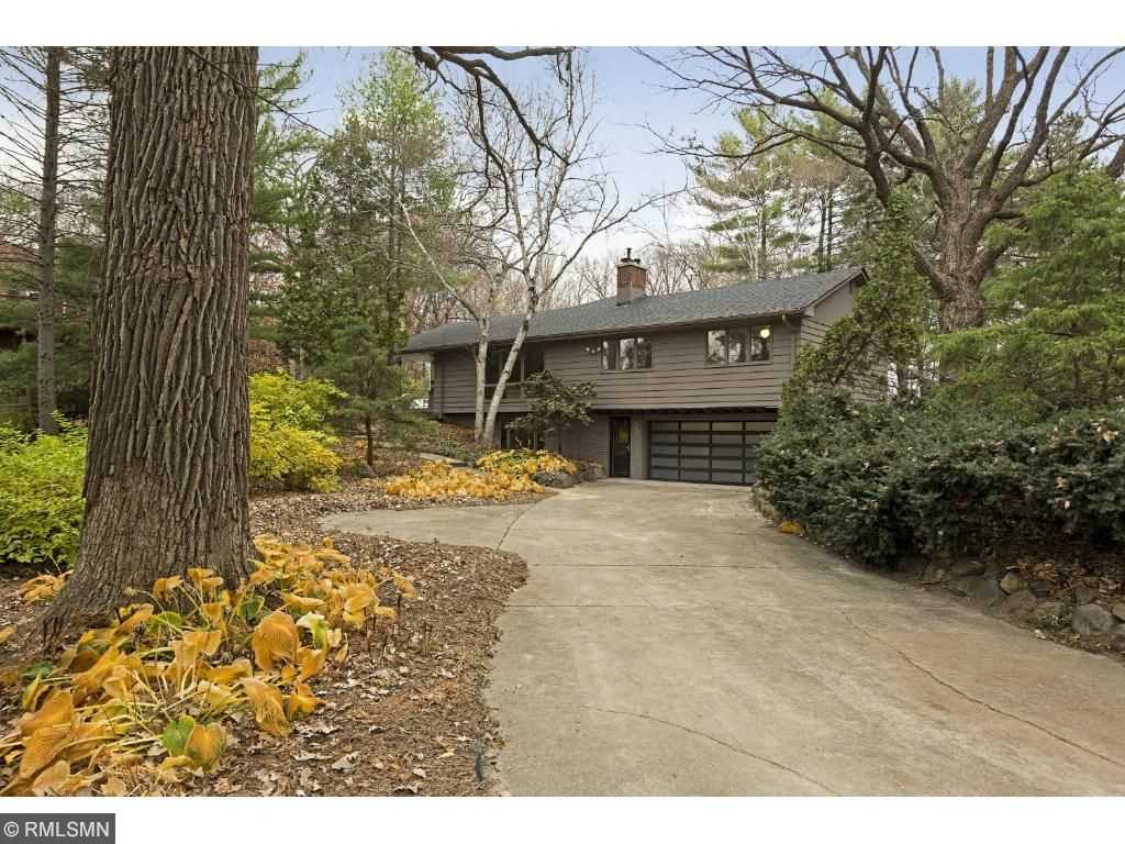 Orono hennepin county mls 4776426 2710 kelly avenue for Front door hennepin county