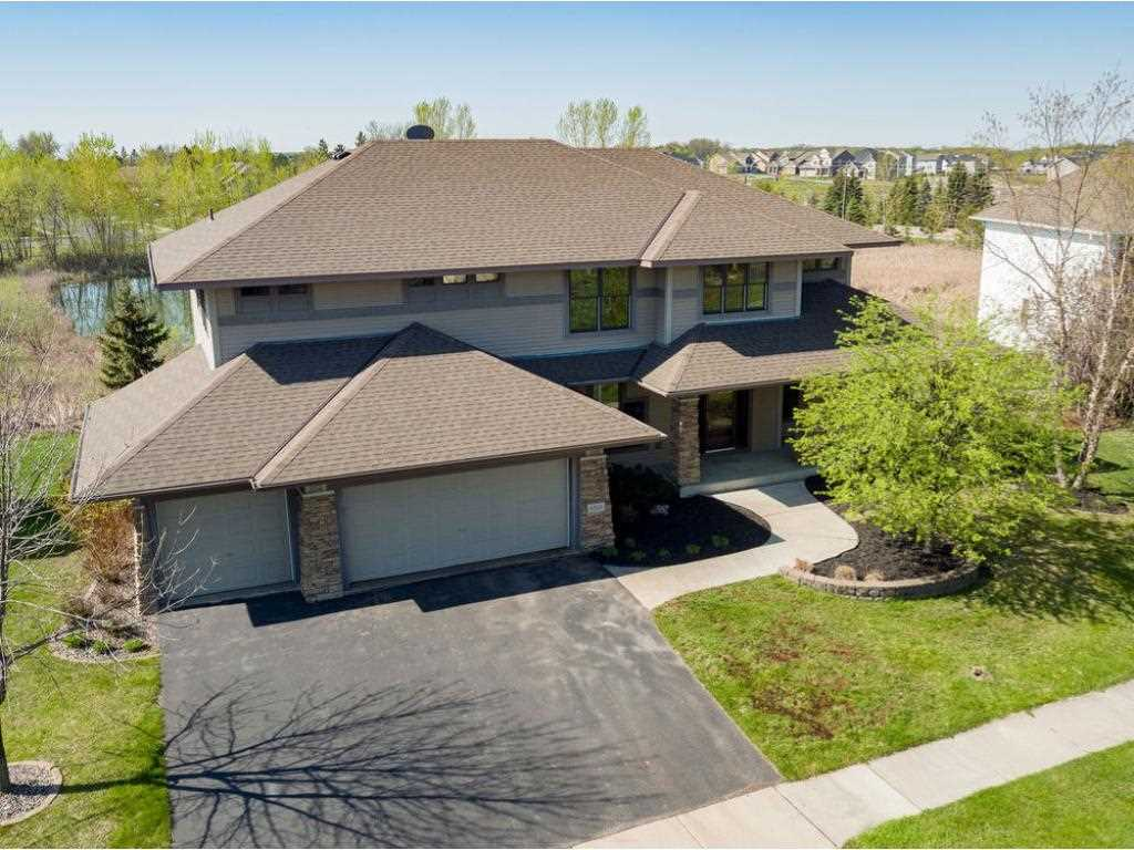 Home for sale in Wayzata school district