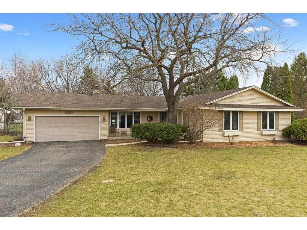 9601 utica road bloomington 55437 mls 4814766 normandale highlands home for sale