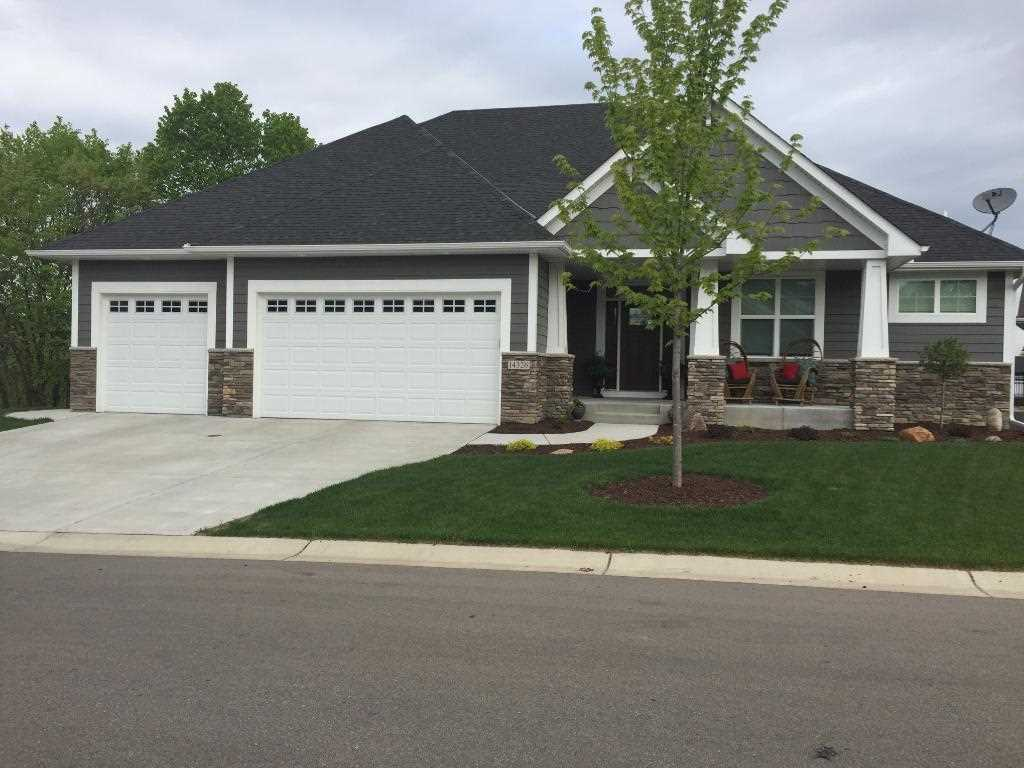 14326 shore crest dr nw nw prior lake 55372 mls 4827525 jeffers pond 7th addn home for sale