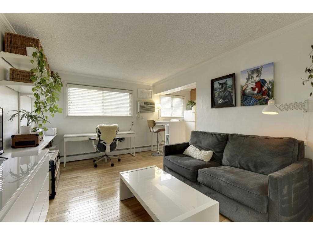 440 ridgewood avenue 4 minneapolis 55403 mls 4828063 for Affordable furniture west st paul