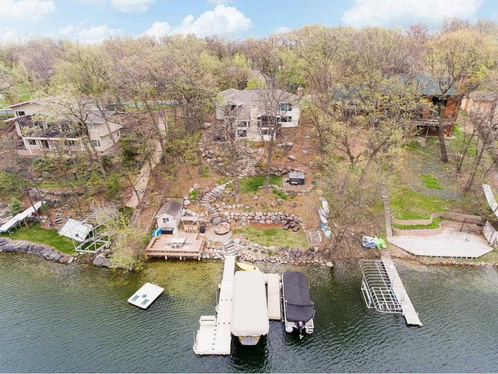 15346 fish point road se prior lake 55372 mls 4822191 for T shirts and more prior lake mn
