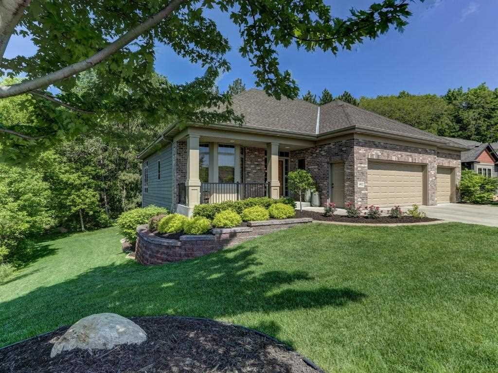 14922 jeffers pass nw prior lake 55372 mls 4833621 jeffers pond home for sale