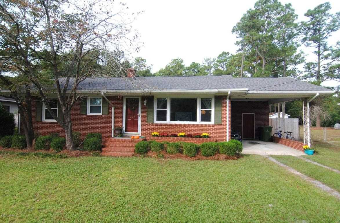 Home For Sale At 227 Wooddale Drive, Wilmington NC in Wood ...