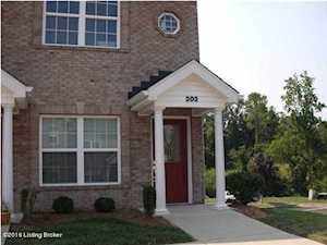 6002 Wooded Creek Dr Louisville, KY 40291