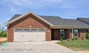 24 Dogwood Villa Dr Shelbyville, KY 40065