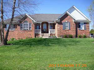 70 Weissinger Ct Shelbyville, KY 40065