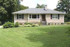 9523 Fern Creek Rd Louisville, KY 40291