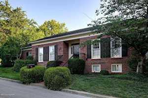 16 Brownsboro Hill Rd Louisville, KY 40207