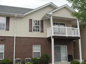 9303 Stonestreet Rd Louisville, KY 40272