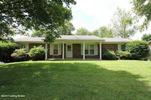 103 Lakeview Dr Lawrenceburg, KY 40342