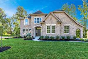 11943 Chapelwood Drive Fishers,  IN 46037