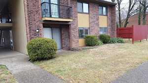7062 Wildwood Cir Louisville, KY 40291