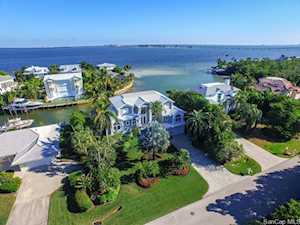 1206 Bay Dr Sanibel, FL 33957