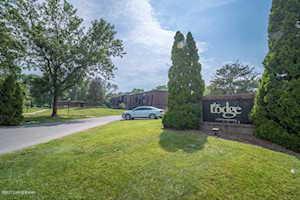 3509 Lodge Ln Louisville, KY 40218