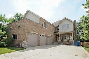 532 Fay Avenue Elmhurst, IL 60126