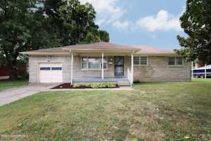 2534 Hampstead Dr Louisville, KY 40216