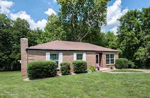 2210 Gursky Ct Louisville, KY 40223