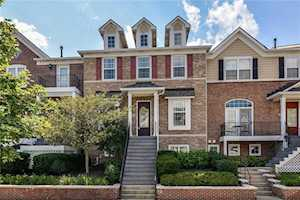 240 Manchester Drive Zionsville,  IN 46077