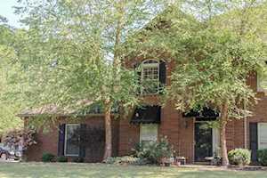 216 Hampton Place Ct Louisville, KY 40118