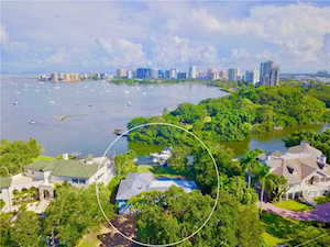 1479 Bay Point Drive Sarasota, FL 34236