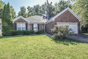 6419 Tradesmill Dr Louisville, KY 40291