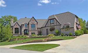 2 Woodard Bluff Zionsville, IN 46077