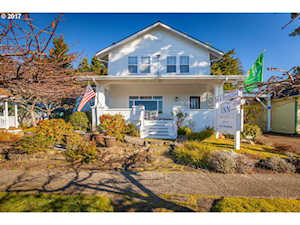 1155 Bay St Florence, OR 97439