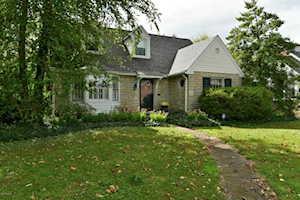 326 Browns Ln Norbourne Estates, KY 40207