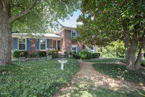 2521 Wyeth Ct Louisville, KY 40220