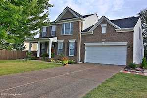 10618 Providence Dr Louisville, KY 40291
