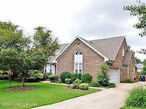 8707 Chase Tayler Pl Louisville, KY 40299