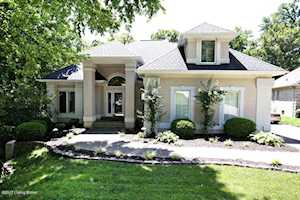 8702 Wooded Trail Ct Louisville, KY 40220
