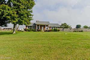 265 Doves Trail Rd Shepherdsville, KY 40165