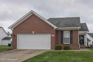 8315 Arbor Meadow Way Louisville, KY 40228
