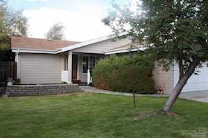 2632 NE Rosemary Drive Bend, OR 97701