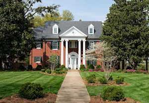 2322 Village Dr Louisville, KY 40205