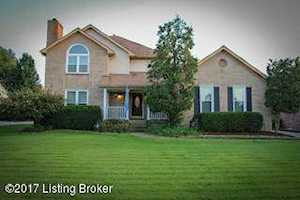 8722 Chase Tayler Pl Louisville, KY 40299