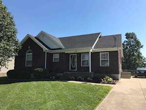 598 River Oaks Dr Shepherdsville, KY 40165