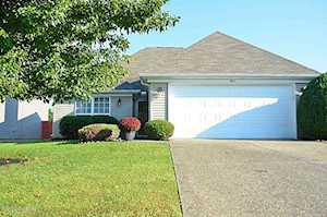 6813 Woodhaven Place Dr Louisville, KY 40228