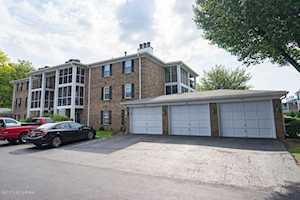 712 Donard Park Ave Louisville, KY 40218