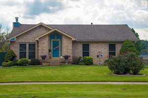 218 Holly Hills Dr Louisville, KY 40118