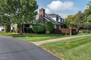 4735 Brownsboro Gardens Dr Louisville, KY 40241
