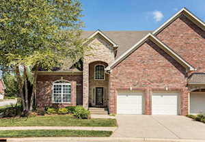 3207 Ridge Brook Cir Louisville, KY 40245