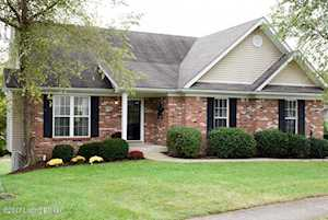 1235 Cottonwood Ct Simpsonville, KY 40067