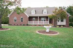 165 Stoneview Ct Fisherville, KY 40023