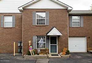 4526 Meadowlark Manor Ln Louisville, KY 40245