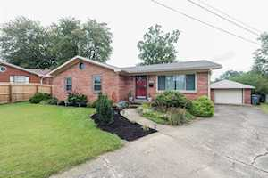 3608 Otter Ct Louisville, KY 40219